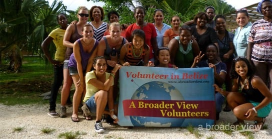 3-Best Gap Year Opportunities & High School Volunteer Abroad Programs
